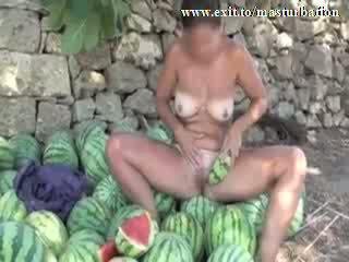 ঘরের বাইরে melon masturbation নগ্ন giselda ভিডিও
