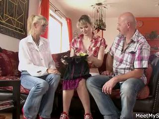 Hot mom and dad ( parents) make their daughter mudo and have bayan