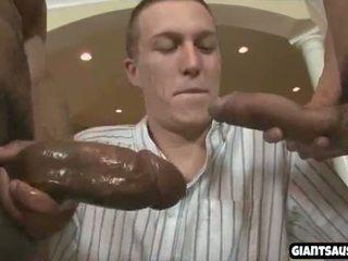 besar batang, antara kaum, hitam