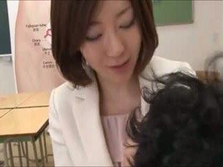 japonez, sex în grup, mamă
