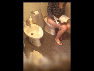 Itališkas vonia: nemokamai vujaristas hd porno video fa
