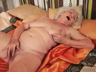 Beste av lusty grandmas