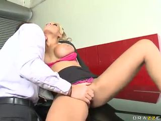 Nice Huge Sex Bonking In Garage Nearly The Big Titted Taxi Driver Bridgette B