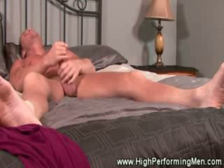Amateur muscle hunk masturbating at home and wantsw company