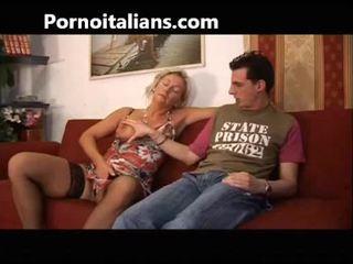 ইটালিয়ান ঈশ fucks মা সঙ্গে ছেলে - mamma italiana troia scopa con figlio italia