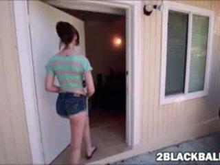 bruneta, výstrek vidieť, pekný interracial