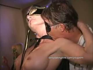 Masked velika klitoris orgija milf has 2 cums eaten standing flat na nazaj dolga edit