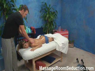 Veronica lured și shaged de ei masaj therapist onto ascuns camera