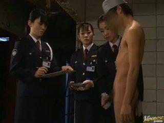 Xxx kaslı kuliste islak gömlek seks