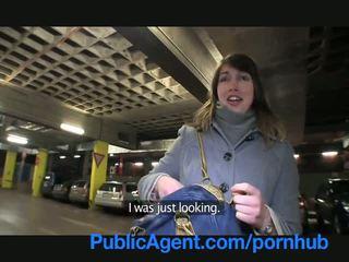 Publicagent lyda has セックス で 私の 車 のために 現金 へ 買う clothes