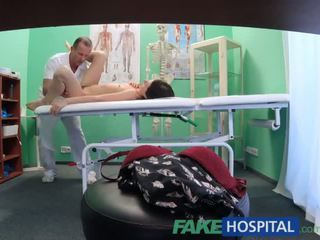 Fakehospital 公鸡 therapy helps sensitive 的阴户