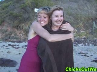 Aussie whore cummed päällä at the ranta