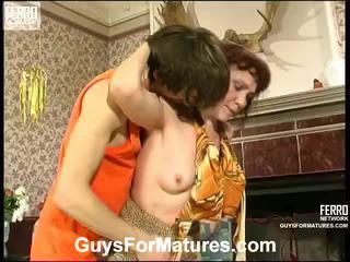 Lillian in marcus irresistible stare lady znotraj ukrepanje