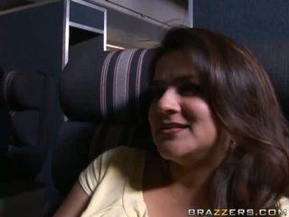 熱 孩兒 gets 性交 在 pilot's cabin 視頻