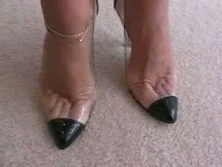 tacones altos, fetiche de pies, trabajando con el pie