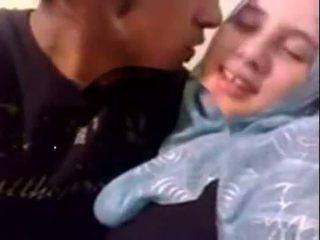 Amaterke dubai potrebni hijab punca zajebal pri domov - desiscandal.xyz