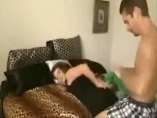 Fiú takes nem övé szexi gyönyörű anya -ban a segg