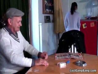 ناضج فرنسي sult tries في سن المراهقة كس