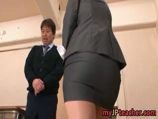Kokomi sakura bukuroshe aziatike vogëlushe gets part6