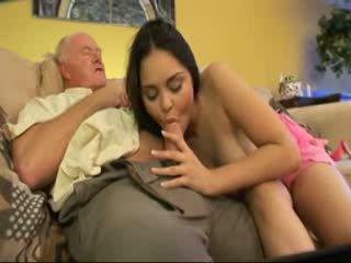 Vecchio papà cazzo vicino/a di casa youngest figlia video
