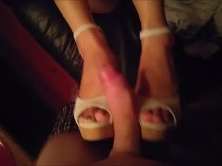 Warga asia seks dengan kasut & seks kaki (cumshot)
