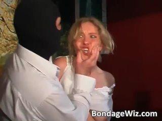Tied blondinė gets šikna spanked ir papai