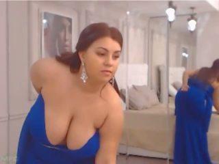 Busty Wife: Big Natural Tits & BBW Porn Video 86