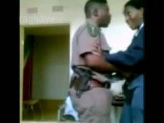 משטרה בוס enjoying female junior קצין חבוי מצלמת